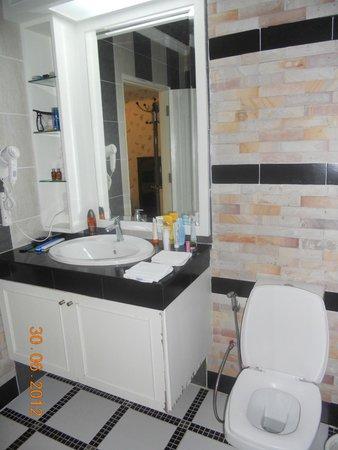 KTK Royal Residence: Ванная комната