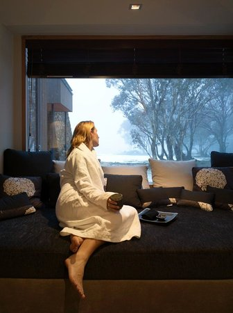 White Spa Hotham Central