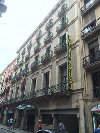Hotel Gaudi: The hotel facade