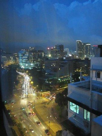 Residence G Hong Kong (by Hotel G): Night view