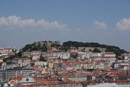 Castillo de San Jorge: View of the Cstelo from the opposite hill