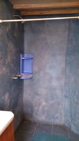 Casa Panqarani: Shower