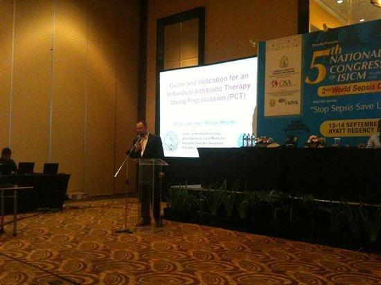 Hotel Santika Bandung : Pembicara kongres ISICM dari Luar negeri