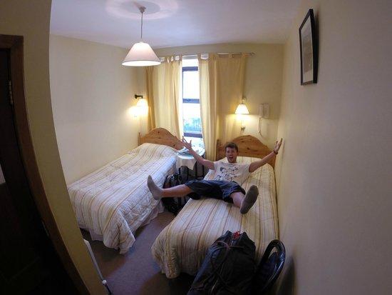 Ben View House: Zimmer