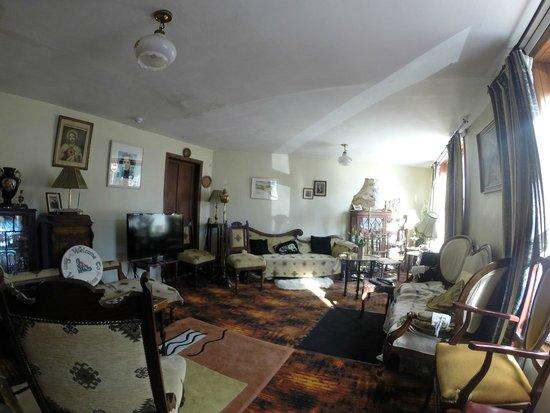 Ben View House: Wohnzimmer