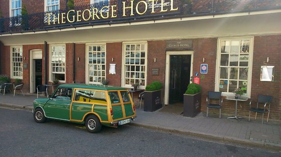 The George Hotel: Outside