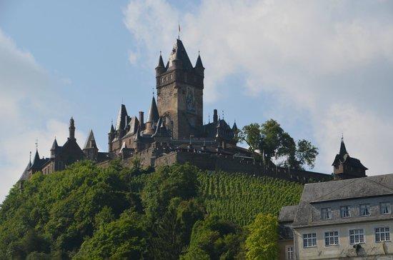 Moselromantik Hotel Kessler-Meyer: Blick auf die Burg Cochem