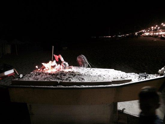 Chiringuito La Peseta: Beach BBQ