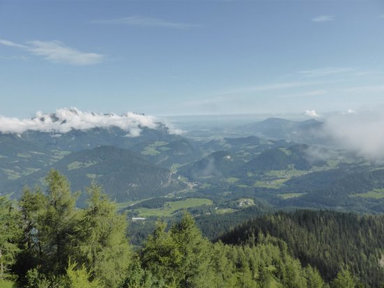 Kehlsteinhaus: View from Eagles Nest