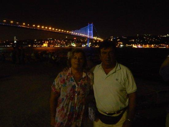 Istanbul Tour Guides - Day Tours: foto sul bosforo.
