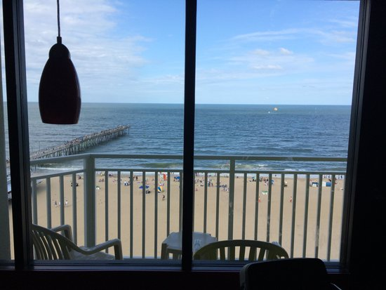 Best Western Plus Sandcastle Beachfront Hotel: View from inside the hotel room