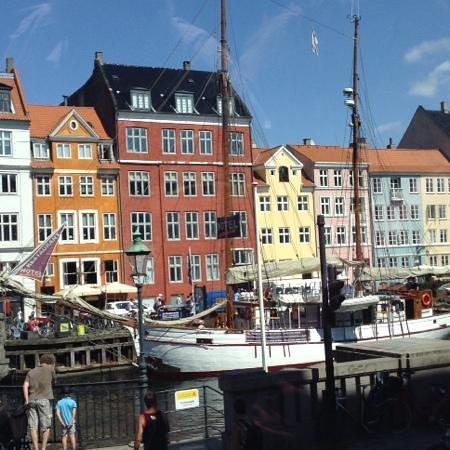 Nyhavn: couleurs danoises