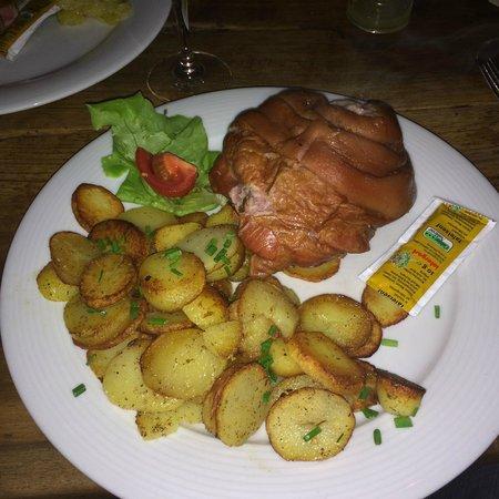 Tamaras Weinstube Zum Guten Hirten: Ham dish