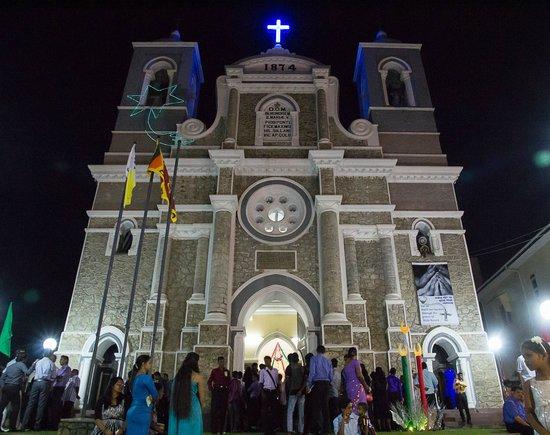 Sri Gemunu Beach Resort: Eglise de Galle