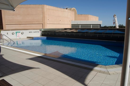 InterContinental Adelaide: bit too cold for a swim roll on summer