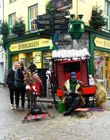 Eyre Square: Christmas market