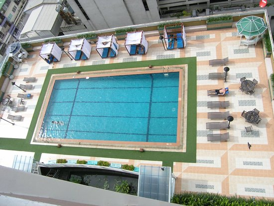 Evergreen Place Bangkok: A view from 16 floor towards the pool