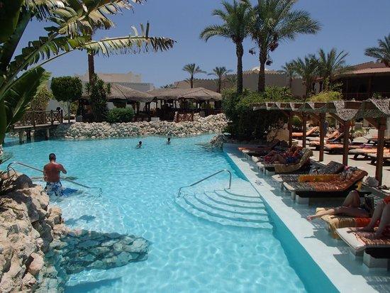 Ghazala Gardens Hotel : Pool.
