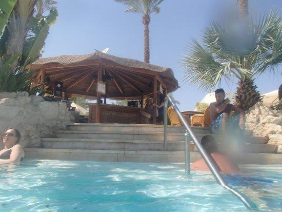 Ghazala Gardens Hotel : Pool Bar.