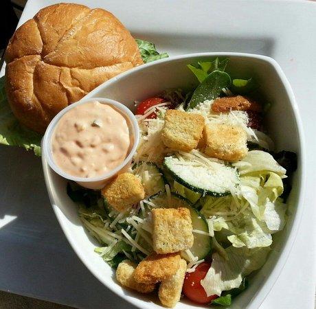 Dock Shack: Burger with house salad.