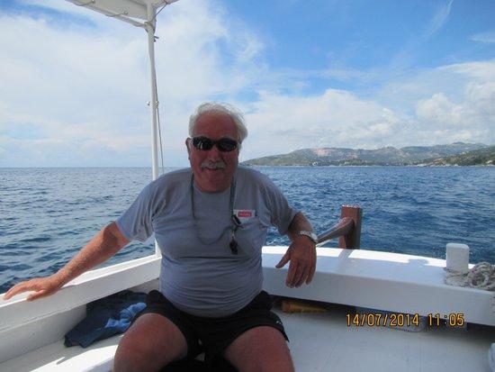 Villas Plat : friendly boat skipper