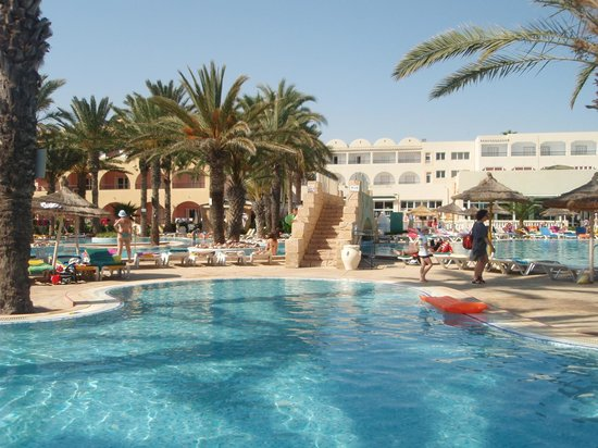 Houda Golf and Beach Club: bazen