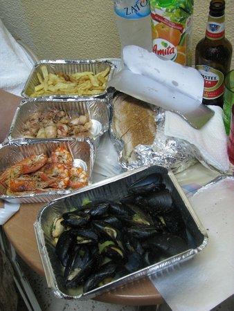 Atlantis Hotel: Ужин на лоджии