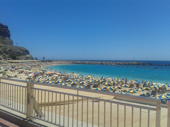 Hotel Altamar: amadores beach