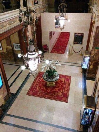 Hotel Metropole: Lobby