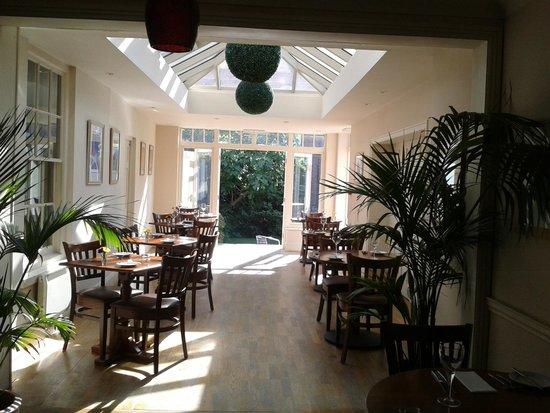 Dinham Hall Hotel: restaurant