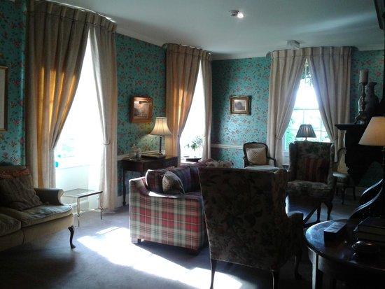 Dinham Hall Hotel: Lounge