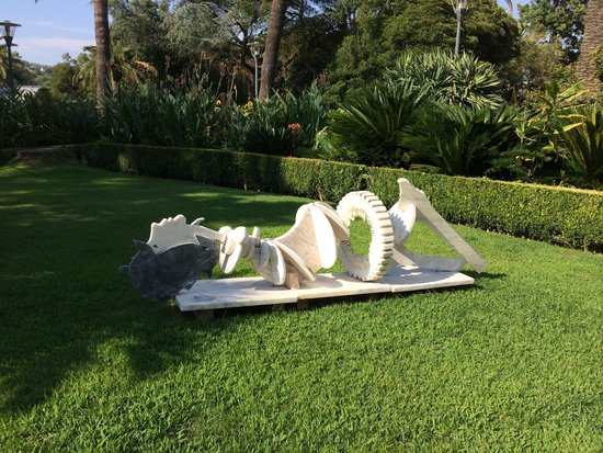 Pestana Palace Lisboa Hotel & National Monument: sculture