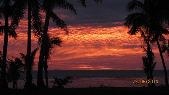 First Landing Beach Resort & Villas: Sunset from our bure
