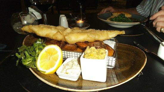 Best Western Plus Samlesbury Hotel: Fish n' Chips