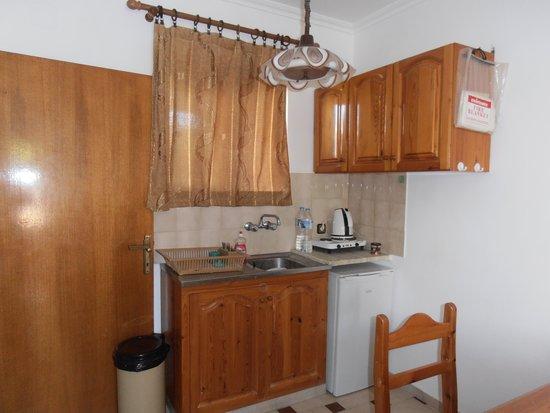 Nicon: kitchen