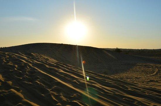 Sam Sand Dunes: Sunset