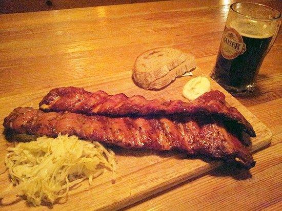 Ribs of Vienna : Стандартная порция ребер (не метр!)