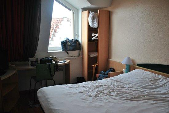 Ibis Brugge Centrum : Room