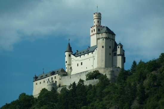 Schloss Marksburg: Marksburg Castle picture taken from the Scenic Gem.
