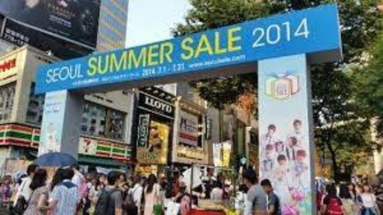 Shopping à Myeongdong : РАСПРОДАЖА