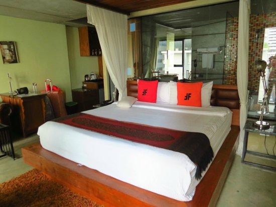 The Fusion Suites Bangkok: Habitación Deluxe