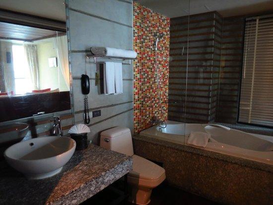 The Fusion Suites Bangkok : Baño