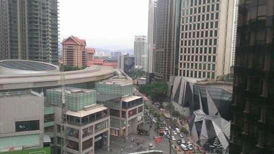 Grand Millennium Kuala Lumpur : 房間外的風景