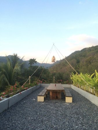 Svarga Resort Lombok : amazing view beside dining area