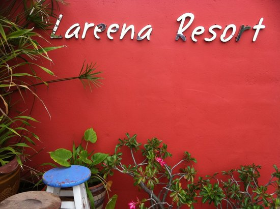 Lareena Resort: ป้าย