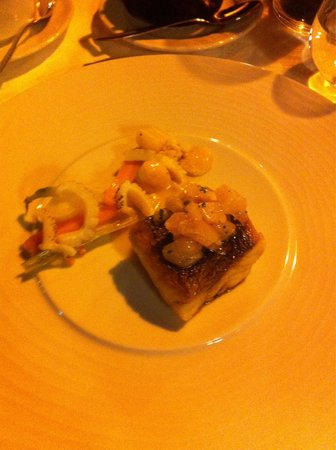 Bon Bon Restaurante: Seabass