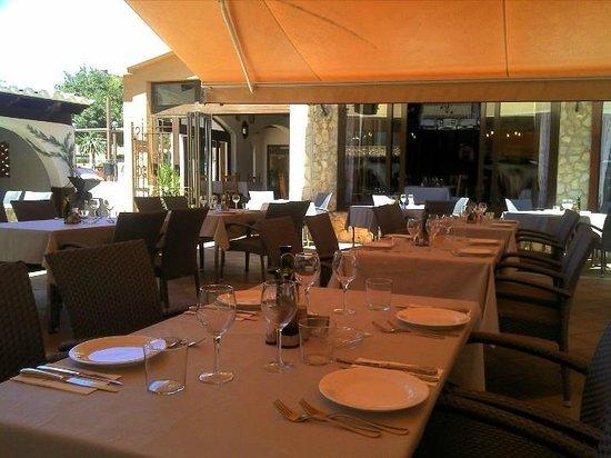 Meson Son Caliu: Beautiful tranquil, courtyard setting