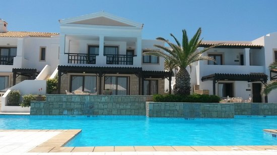 Aldemar Knossos Royal : Villas view