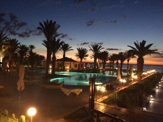 Scheherazade Hotel Sousse: pool at sunrise