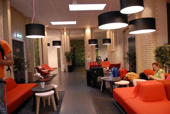 Citybox Oslo: первый этаж-зона отдыха